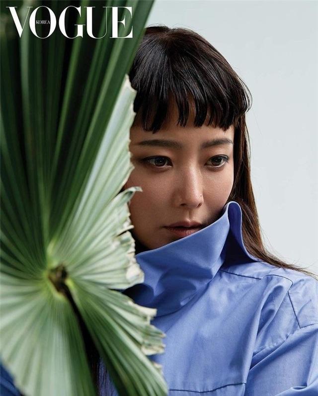 Kim Hee Sun - Mỹ nhân nhận mình đẹp hơn Song Hye Kyo, Kim Tae Hee - 12