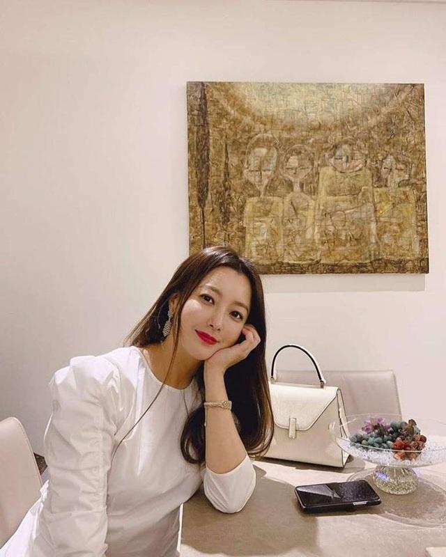 Kim Hee Sun - Mỹ nhân nhận mình đẹp hơn Song Hye Kyo, Kim Tae Hee - 23