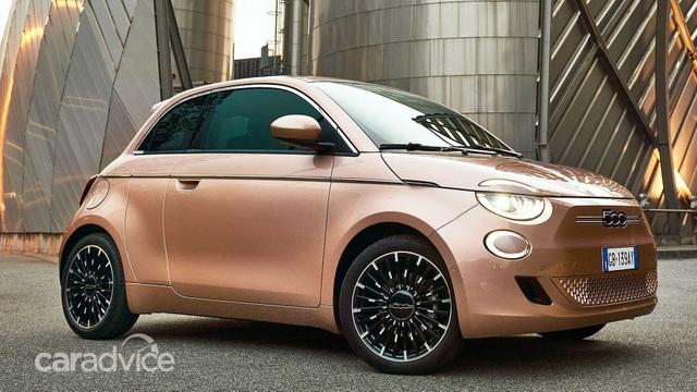 Fiat ra mắt tân binh 500e với thiết kế 3+1 - 5