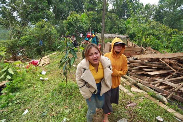 Sạt lở ở Trà Leng: Đoàn chuyên gia địa chất hỗ trợ tìm kiếm nạn nhân - 2