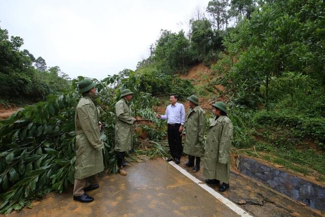 Đắk Lắk hỗ trợ gần 4 tỷ đồng giúp nhân dân 7 tỉnh chịu ảnh hưởng bão lũ - 2
