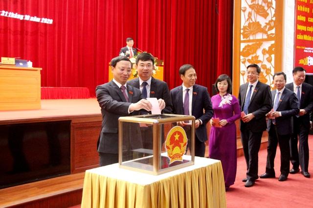 Ông Nguyễn Tường Văn làm Chủ tịch tỉnh Quảng Ninh - 1