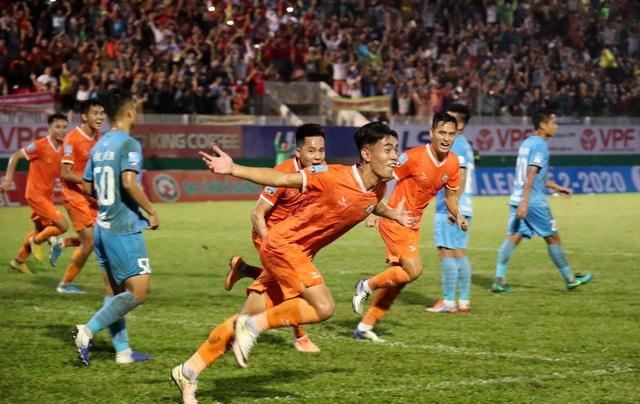 Niềm vui của bóng đá Bình Định ngày trở lại V-League - 4