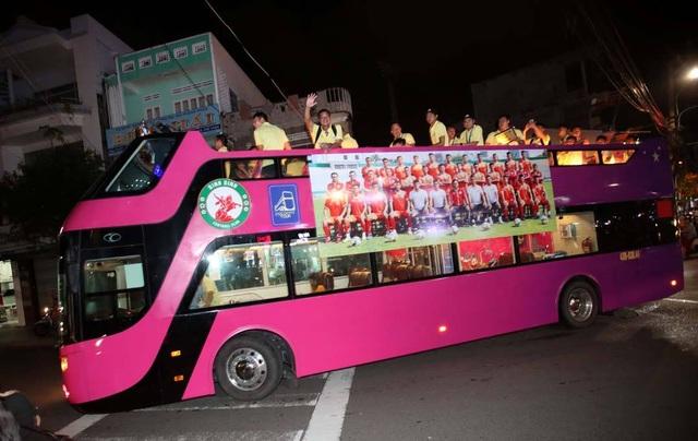 Niềm vui của bóng đá Bình Định ngày trở lại V-League - 12