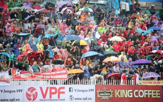 Niềm vui của bóng đá Bình Định ngày trở lại V-League - 7