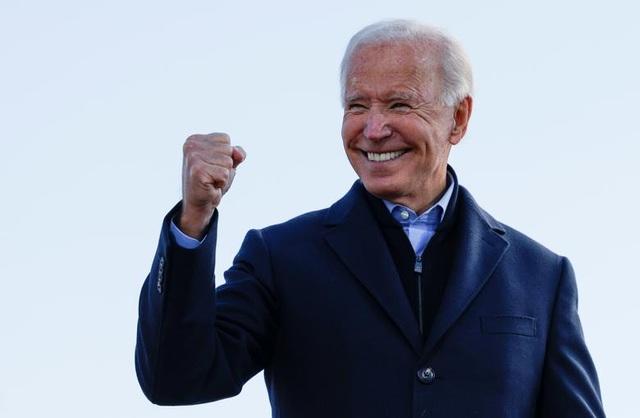 Nóng cuộc đua nước rút của Trump - Biden tại các bang chiến trường - 1