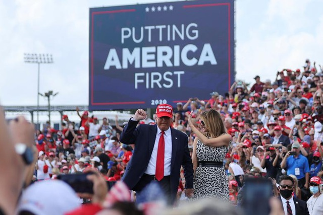 Nóng cuộc đua nước rút của Trump - Biden tại các bang chiến trường - 7