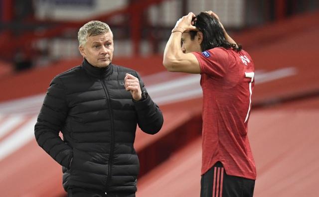 HLV Solskjaer khởi đầu tốt hơn Sir Alex, kém xa Mourinho ở Man Utd - 1