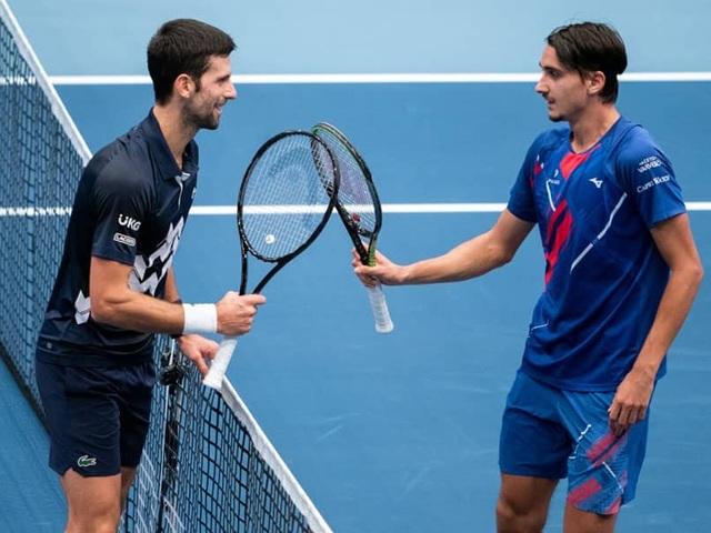 Djokovic thua sốc trước tay vợt hạng 42 ATP - 2
