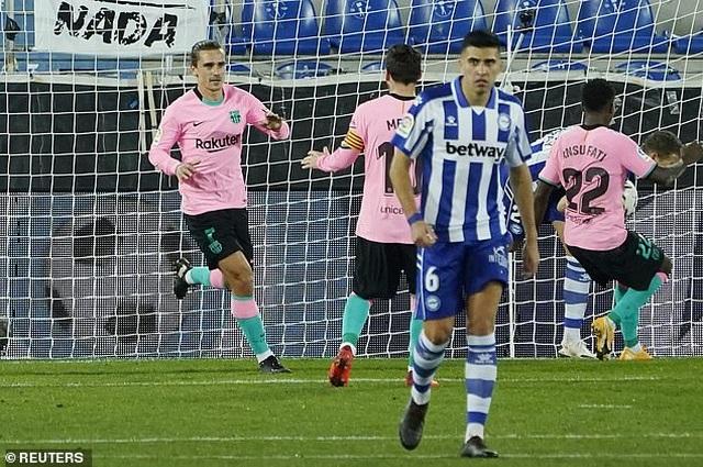 Messi gây thất vọng, Barcelona chia điểm cùng Alaves - 5