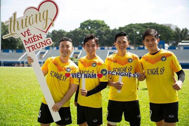 Hồ Đức Vĩnh hào hứng khi đá bóng cùng Tiến Linh, Tài Em - 5