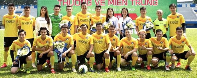 Hồ Đức Vĩnh hào hứng khi đá bóng cùng Tiến Linh, Tài Em - 2