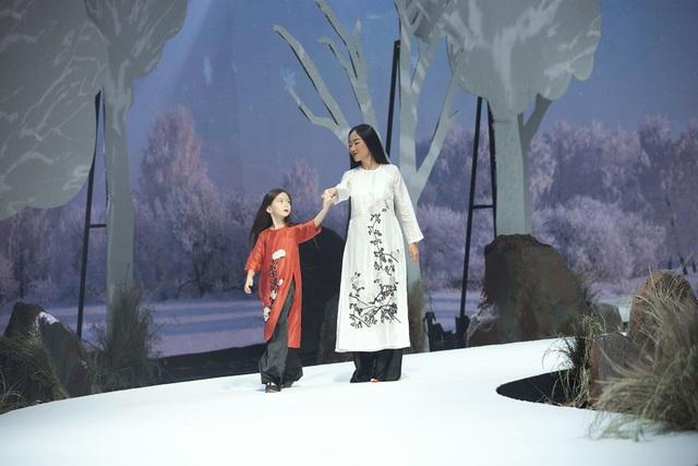 Đoan Trang, Thúy Diễm đưa con lên sàn catwalk - 2