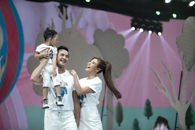 Đoan Trang, Thúy Diễm đưa con lên sàn catwalk - 6