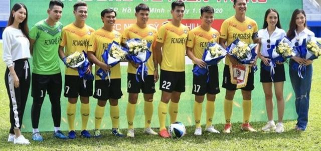 Hồ Đức Vĩnh hào hứng khi đá bóng cùng Tiến Linh, Tài Em - 3