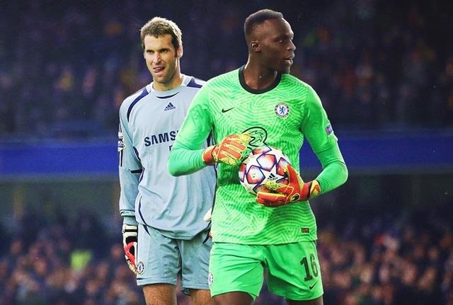 """Chelsea sở hữu """"quái vật"""" trong khung gỗ - 1"""