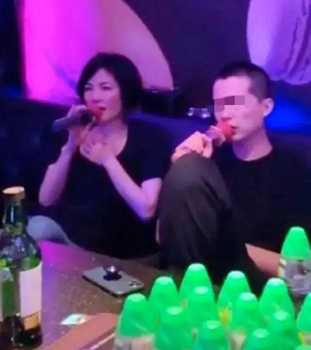 Rộ tin Vương Phi hò hẹn người mới, chia tay Tạ Đình Phong - 3