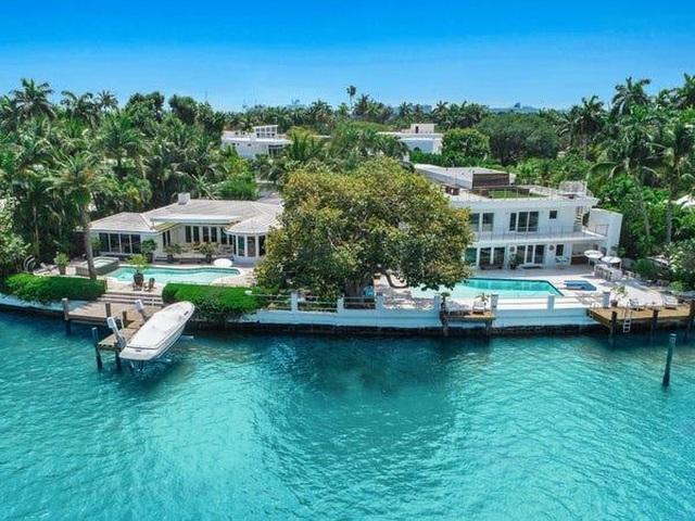 Biệt thự tuyệt đẹp trên hòn đảo nhân tạo của cựu CEO hãng xe Ford - 2