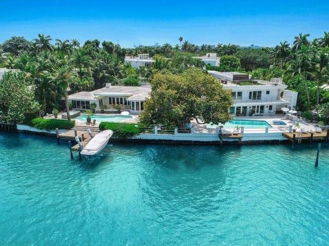 Biệt thự tuyệt đẹp trên hòn đảo nhân tạo của cựu CEO hãng xe Ford - 9