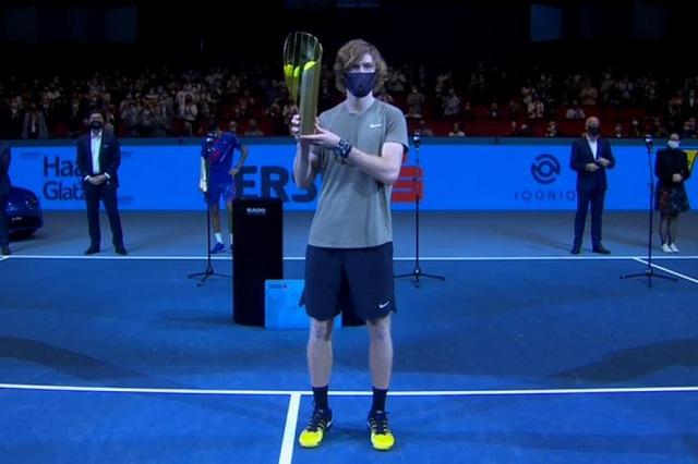 Vô địch Vienna Open, Rublev vượt mặt Djokovic - 1