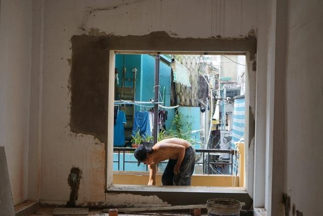 Chi 300 triệu đồng lột xác căn nhà 24m2 trong ngõ hẻm Sài Gòn - 1