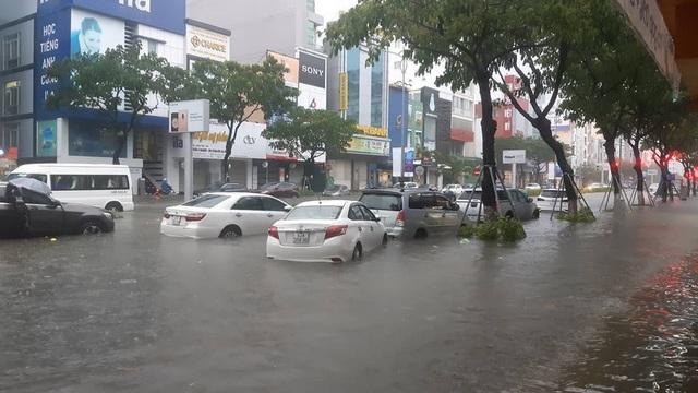 Ô tô bị ngập nước do bão lũ liệu có được bảo hiểm bồi thường? - 1