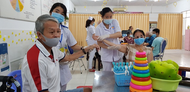 Phục hồi chức năng nâng cao chất lượng sống cho bệnh nhân ung thư - 1
