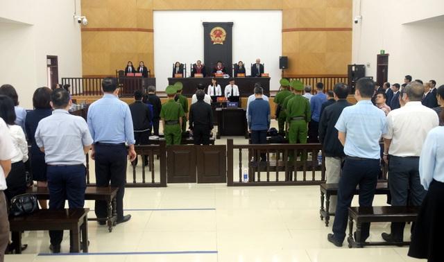 """Đại án BIDV: Hai Phó Tổng Giám đốc """"chia nhau"""" hơn 14 năm tù - 3"""