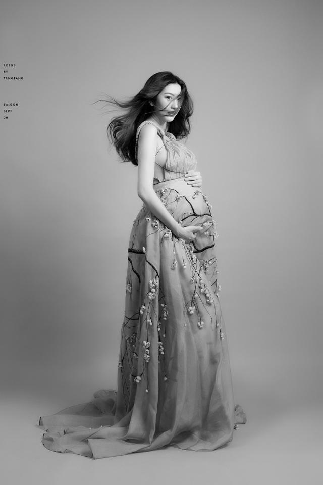 Á hậu Thuý Vân sinh con đầu lòng - 6