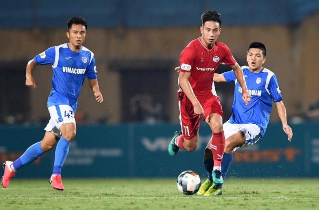 Hai trận cầu quyết định ngôi vô địch V-League 2020 trên sân Hàng Đẫy - 3