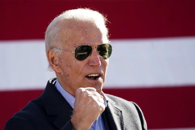 Ông Trump và Biden làm gì trong ngày bầu cử Mỹ? - 2