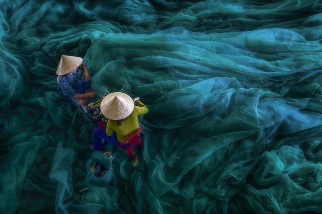 Những khoảnh khắc đẹp xao lòng của Việt Nam qua góc nhìn nhiếp ảnh - 3