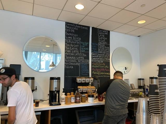 Trải nghiệm uống cà phê ở quán của tài tử Người Sói Hugh Jackman - 7