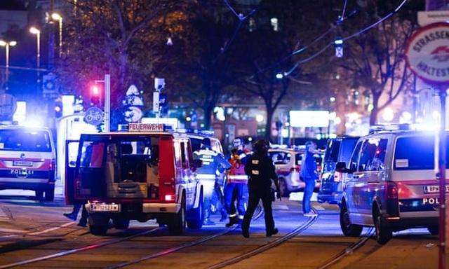 Xả súng tại thủ đô của Áo, ít nhất 2 người thiệt mạng - 1