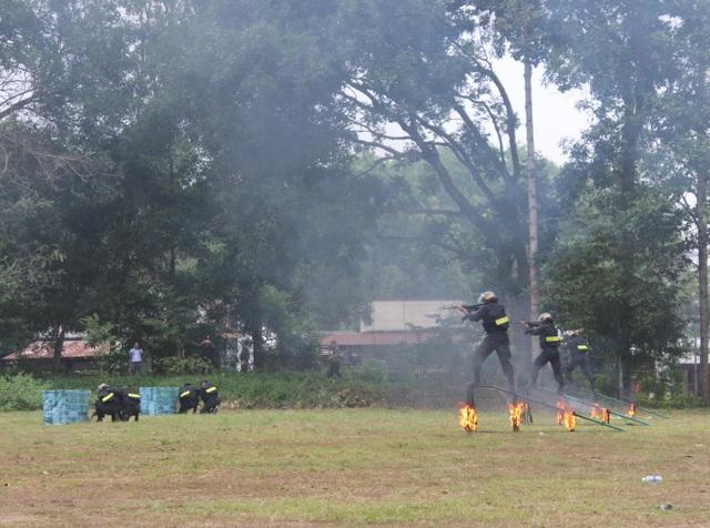 Lực lượng bảo vệ dự án sân bay Long Thành diễn tập chống khủng bố - 4