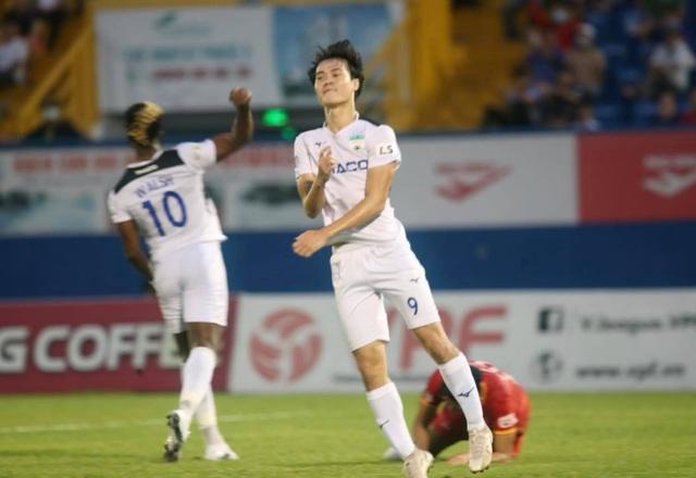 Dẫn trước hai bàn, HA Gia Lai vẫn thua ngược B.Bình Dương - 8