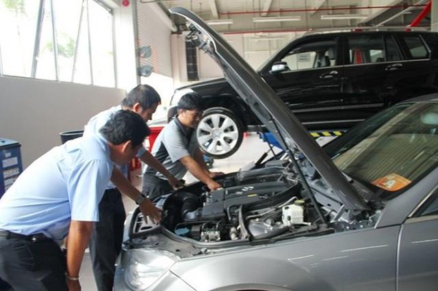 Mua ô tô cũ, vào hãng kiểm tra đã đủ yên tâm hay cần thuê thợ ngoài? - 1