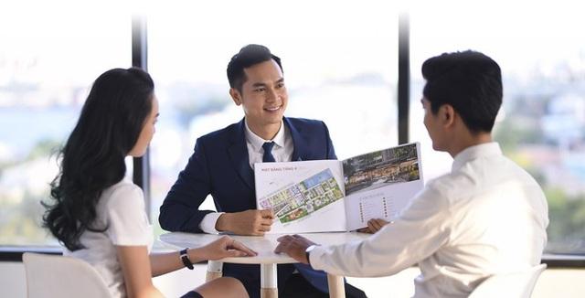 Hàng loạt doanh nghiệp bất động sản điêu đứng vì trắng doanh thu - 2