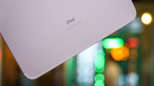 Trải nghiệm iPad Air 4: thiết kế đẹp, hiệu năng tốt, Touch ID khó dùng - 4