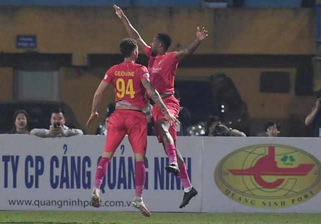 Hà Nội FC 4-2 Sài Gòn FC: Mưa bàn thắng ở Hàng Đẫy - 16