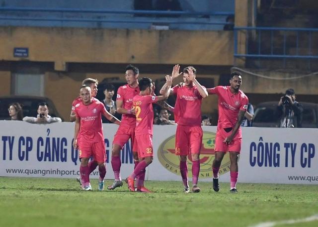 Hà Nội FC 4-2 Sài Gòn FC: Mưa bàn thắng ở Hàng Đẫy - 17