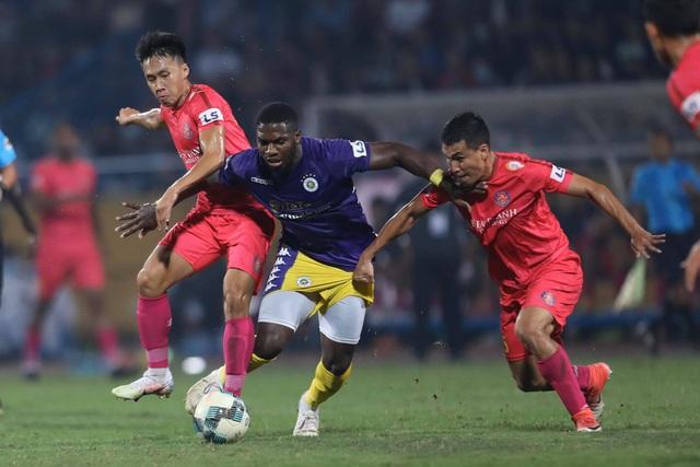 Hà Nội FC 4-2 Sài Gòn FC: Mưa bàn thắng ở Hàng Đẫy - 18
