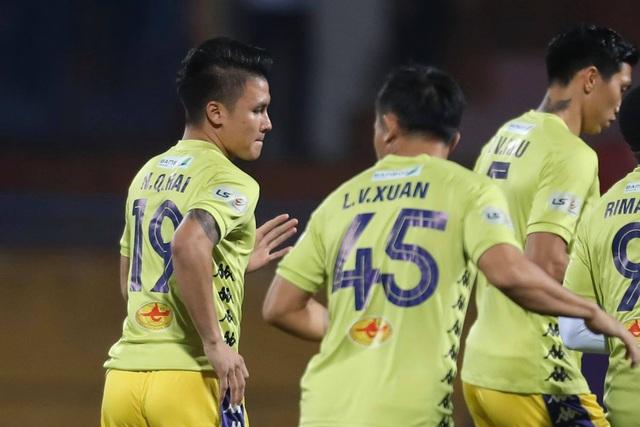 Hà Nội FC 4-2 Sài Gòn FC: Mưa bàn thắng ở Hàng Đẫy - 25