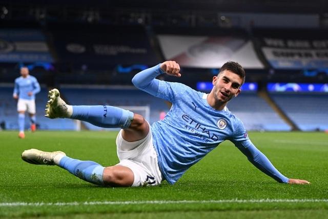 Man City - Liverpool: Cú hích quan trọng - 4