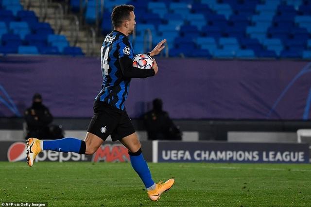 Siêu dự bị tỏa sáng, Real Madrid thắng nghẹt thở Inter Milan - 6