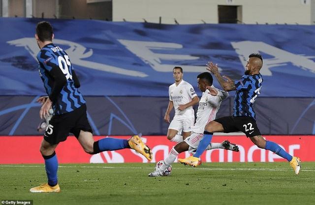 Siêu dự bị tỏa sáng, Real Madrid thắng nghẹt thở Inter Milan - 8