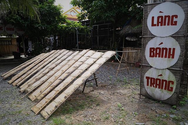 Làm giàu từ nghề bánh tráng truyền thống ở Sài Gòn - 1