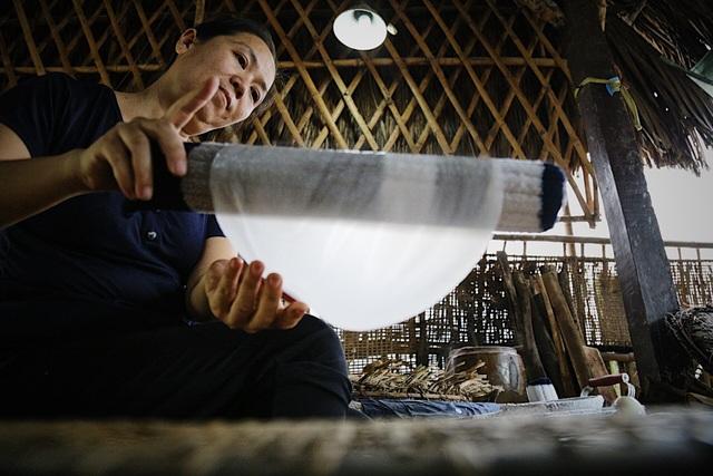 Làm giàu từ nghề bánh tráng truyền thống ở Sài Gòn - 7