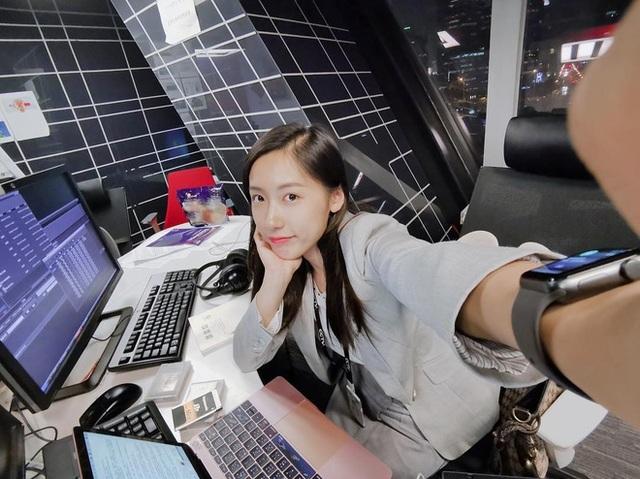 Cặp song sinh xinh đẹp nổi tiếng Trung Quốc tốt nghiệp Harvard giờ ra sao? - 11