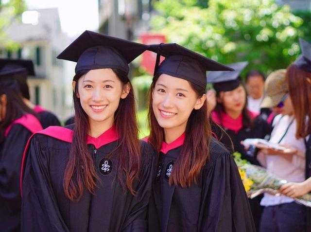Cặp song sinh xinh đẹp nổi tiếng Trung Quốc tốt nghiệp Harvard giờ ra sao? - 3